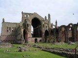 Skotsko-Melrose-Abbey