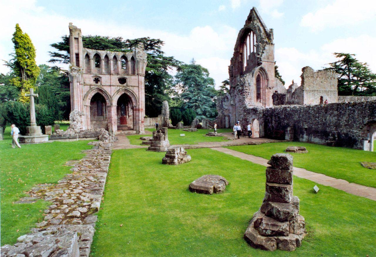Skotsko-Dryburgh-Abbey